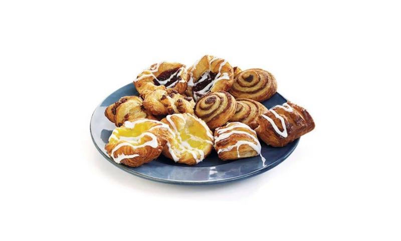 Mini Royal Danish Bake Off 120 pieces.