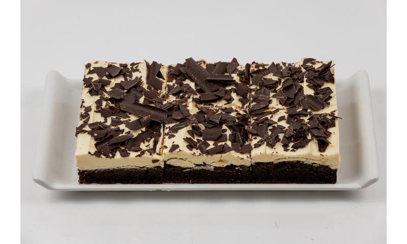 White Choc Fudge Cake x 18